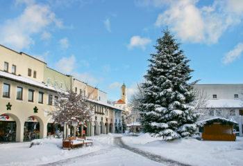 Bad Birnbach - Neuer Marktplatz im Winter